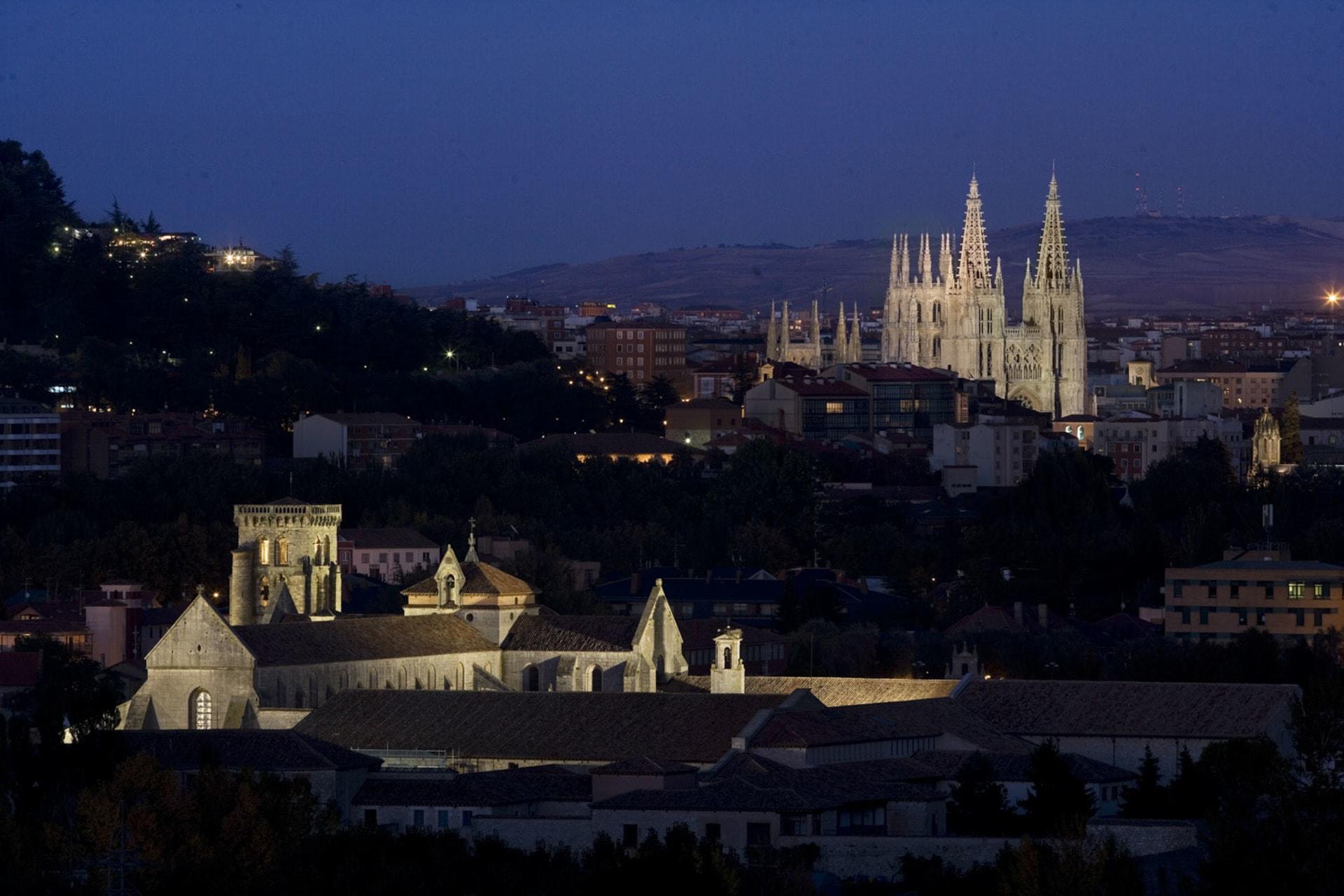 slider-catedral-nocturna
